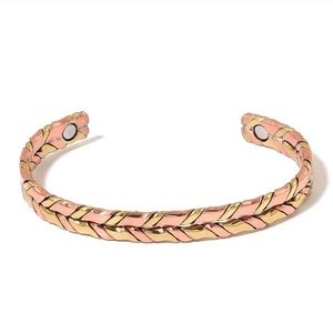 Magnetic Jewelry Dualtone Cuff (7.50 in)